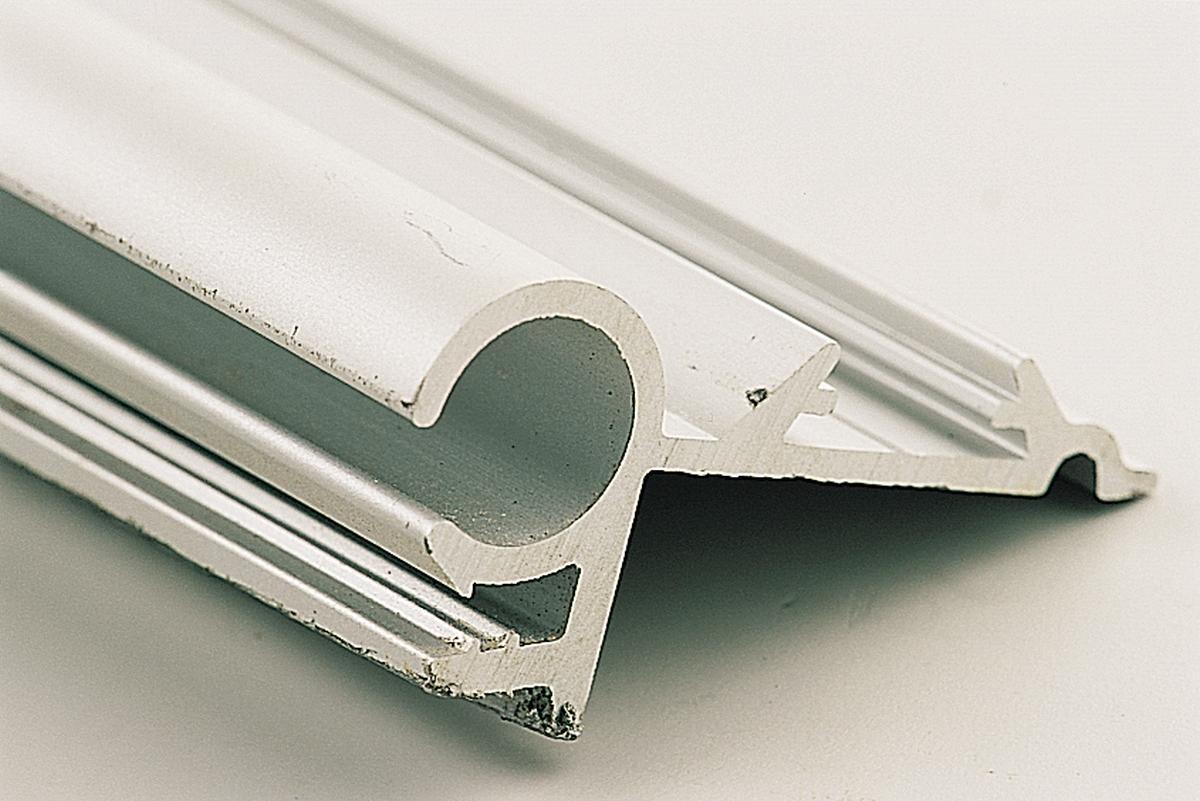 Aluminium-Profil 27 x 13,6 mm Länge 600 cm
