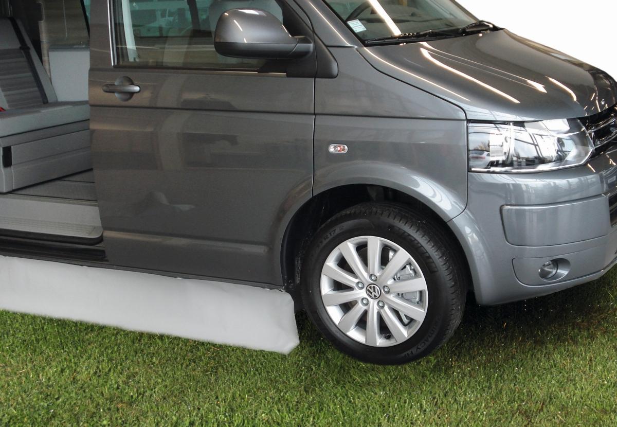 Magnet-Windblende für Busse & Kastenwagen