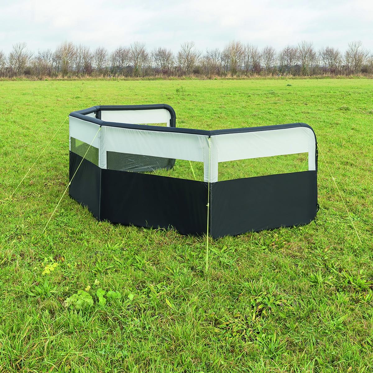 Windschutz aufblasbar Grundmodul 840x140 cm
