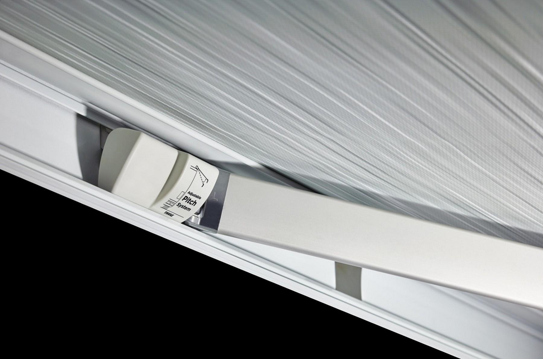 Thule Omnistor 5200 anthrazit 300x250 cm, Mystic Grau
